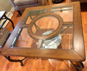 Set of Coffee table and matching end table