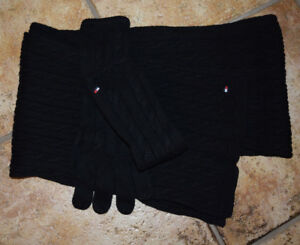 Tommy Hilfiger Scarf shawl / gloves TOP OS