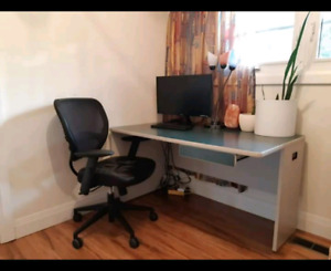 Perfect condition , large computer desk