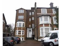 Apartment To Let in Studio Apartment in Muswell Hill - £180 PW