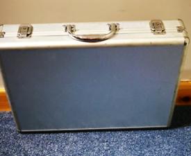Aluminium hard case