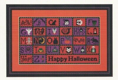 HALLOWEEN ABC--Frog-Bats-Cat-Ghost-Mummy-Owl-Zombie-Counted Cross Stitch Pattern (Halloween Abc)