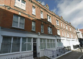 AMAZING 2 DOUBLE BEDROOM FLAT PERFECT FOR STUDENTS WITH LOUNGE AND SEPARATE KITCHEN. MARYLEBONE