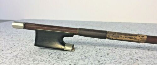 Antique Violin Bow Octagonal Shaft Pfretzchner Oddly Impressed Under Frog where