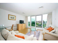 Wapping E1W. **AVAIL NOW** Large & Modern 1 Bed Furnished Flat with Balcony, River Views & Concierge