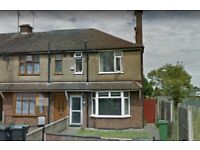 ** SPACIOUS 3 BEDROOM HOUSE , WITH FRONT AND REAR GARDENS**