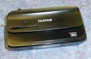 FUJIFILM FINEPIX REAL 3D 2  CAMERA Campbelltown Campbelltown Area Preview