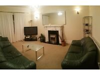 A superb One double bedroom available in 7 Bed House Bills Included for Students Only from July.