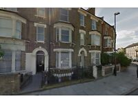 Available Now 3 Bedroom Flat In Lower Clapton ( Garden )