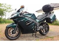 Truimph Sprint ST 1050 motorcycle with matching Panniers & Top Box