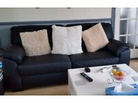 2 & 3 seater settee for sale. 8 months old, Black Leather