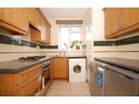 3 bedroom flat in St Oswalds Place, Vauxhall