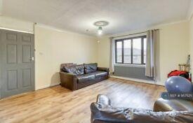 1 bedroom in Weybridge, Kt138nt, KT13 (#957525)