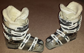 Ladies Rossignol Vita Sensor 2 Ski boots, UK 5 or 5.5, mondo 24-24.5 women girls
