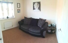 Bed Settee black & grey - Must be collected from TF12 Broseley