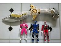 Vintage 1990s Mighty Morphin Power Rangers Sabre sword + 3 Figures including rare Pink figure