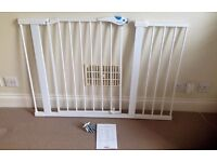 Lindam easy fit plus deluxe safety gate with extensions