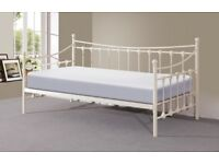 Memphis Day Bed