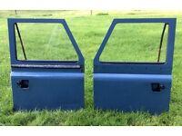 Land Rover Defender doors, lift up handles (pair)