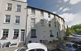 AVAILABLE NOW!! Modern 2 double bedroom flat available on Wick Road, Kingston, TW11 9DW