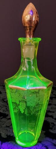 Vaseline Glass Bohemia-Egermann Etched All 8 Panels Gold Gilding-Stopper 1920