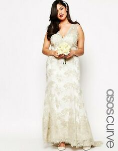 Plus size (US 22) wedding dress