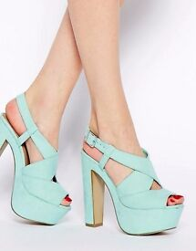New Look Scuttle Mint Green Heeled Sandals size 6