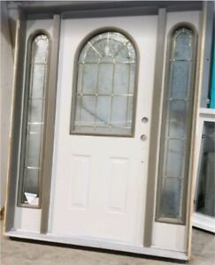 Exterior door, with frame and 2 side windows