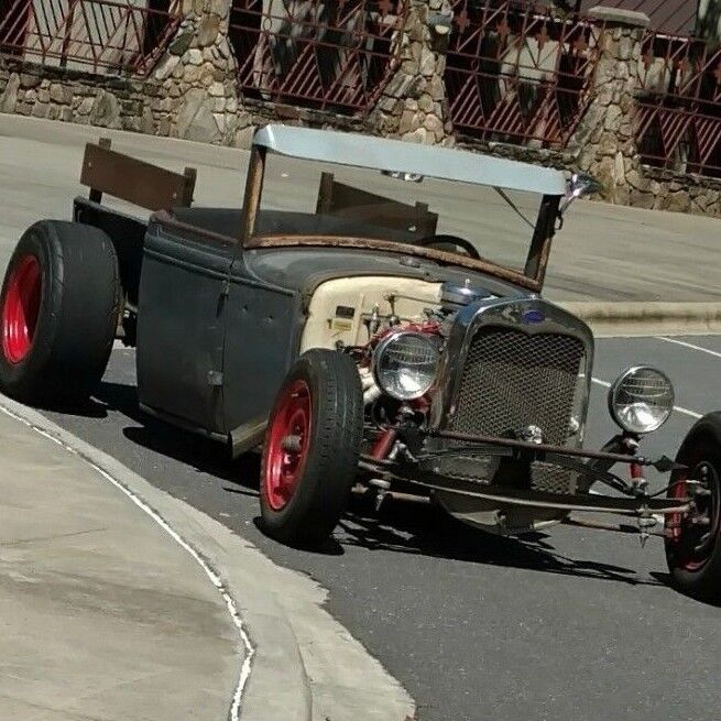 1931 Ford Model A  Dropped and chopped 31 roadster pickup rat rod