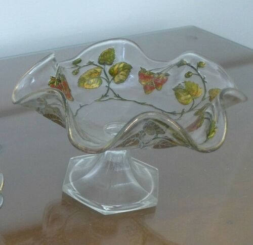 ANTIQUE table item esTaTe SaLe 5th gEnEraTiON FaMiLly owned■ STRAWBERRY CRYSTAL