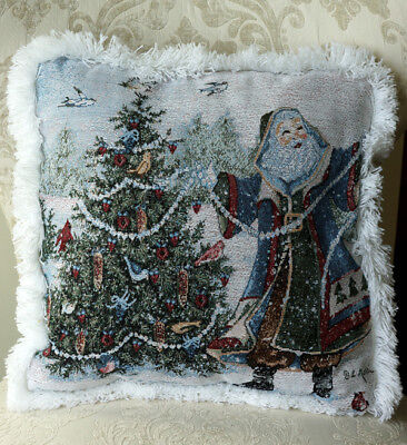 - Mohawk Home  Decorative Santa / Tree Holiday Christmas Pillow Throw 18