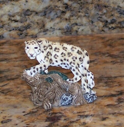 Living Stone Leopard On A Rock Miniature Collectible Figurine 85275, 66065, 1998