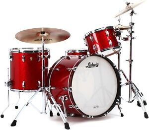 **Wanted** Ludwig Classic Maple Red Sparkle Finish