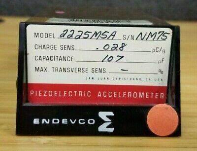 Endevco Piezoelectric Accelerometer 2225m5a 2