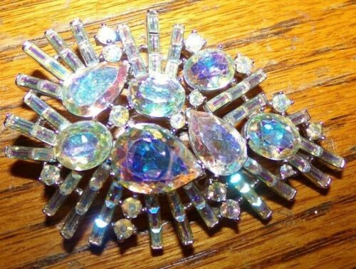 OUTSTANDING 2 1/2 INCH SIGNED CROWN TRIFARI PIN WITH AMAZING STONES-ALL INTACT!