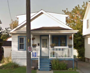 Great Starter Home In The Heart Of Oshawa!!