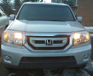 "2009 Honda Pilot EXL/Fully loaded""low kms""-Mint condition"