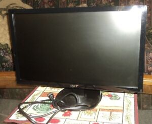 19 in Acer Monitor with VGA Cord Sussex