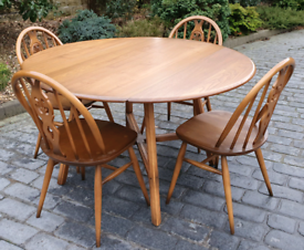 Second Hand Dining Tables Amp Chairs For Sale Gumtree
