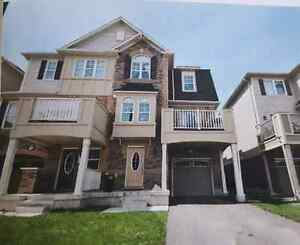 Townhouse for rent in MILTON
