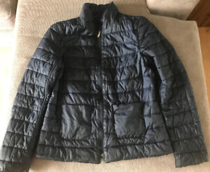 **LADIES THIN, REVERSIBLE NAVY PUFF JACKET FOR SALE-SIZE S**