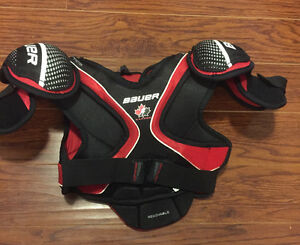 Bauer Chest Protector/shoulder pads