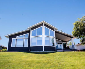 70 Donald Pl., Alice Beach - IMPECCABLE WATERFRONT HOME!