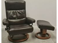 Ekornes Stressless swivel recliner Brown leather chair and Stool 16062122