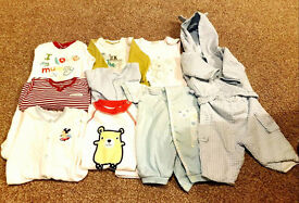 Set of baby clothes