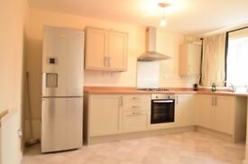 4 double Bedrooms house (recently renovated)