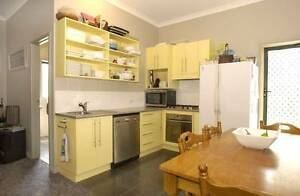 Two Bedroom Studio With Plenty of Space for Boys With Lots Toys Burra Queanbeyan Area Preview