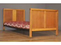 "Attractive Vintage Simple Oak Panel Back 36"" Single Bed With Divan Base"