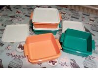 New 4 stackable Tupperware food containers with carrying handle ,in vintage colours