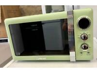 BRAND NEW SWAN RETRO MICROWAVE IN PISTACHIO GREEN PASTEL ABSOLUTE BARGAIN ...!!